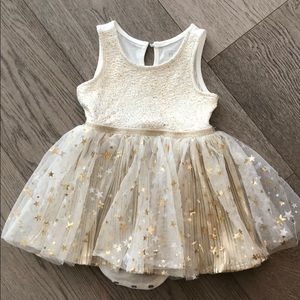 🌸 Children's place white and gold dress